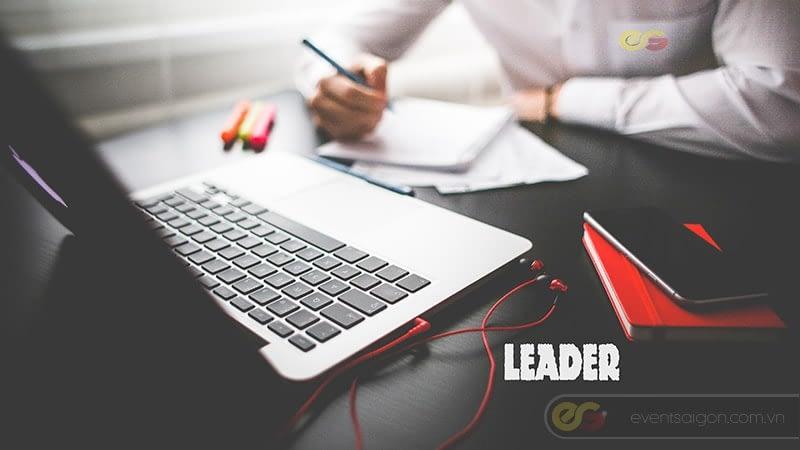 Leader là gì ?