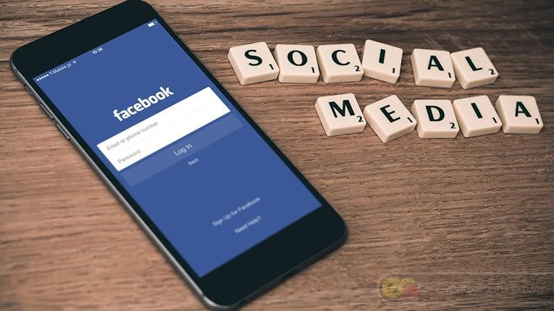Truyền thông xã hội facebook